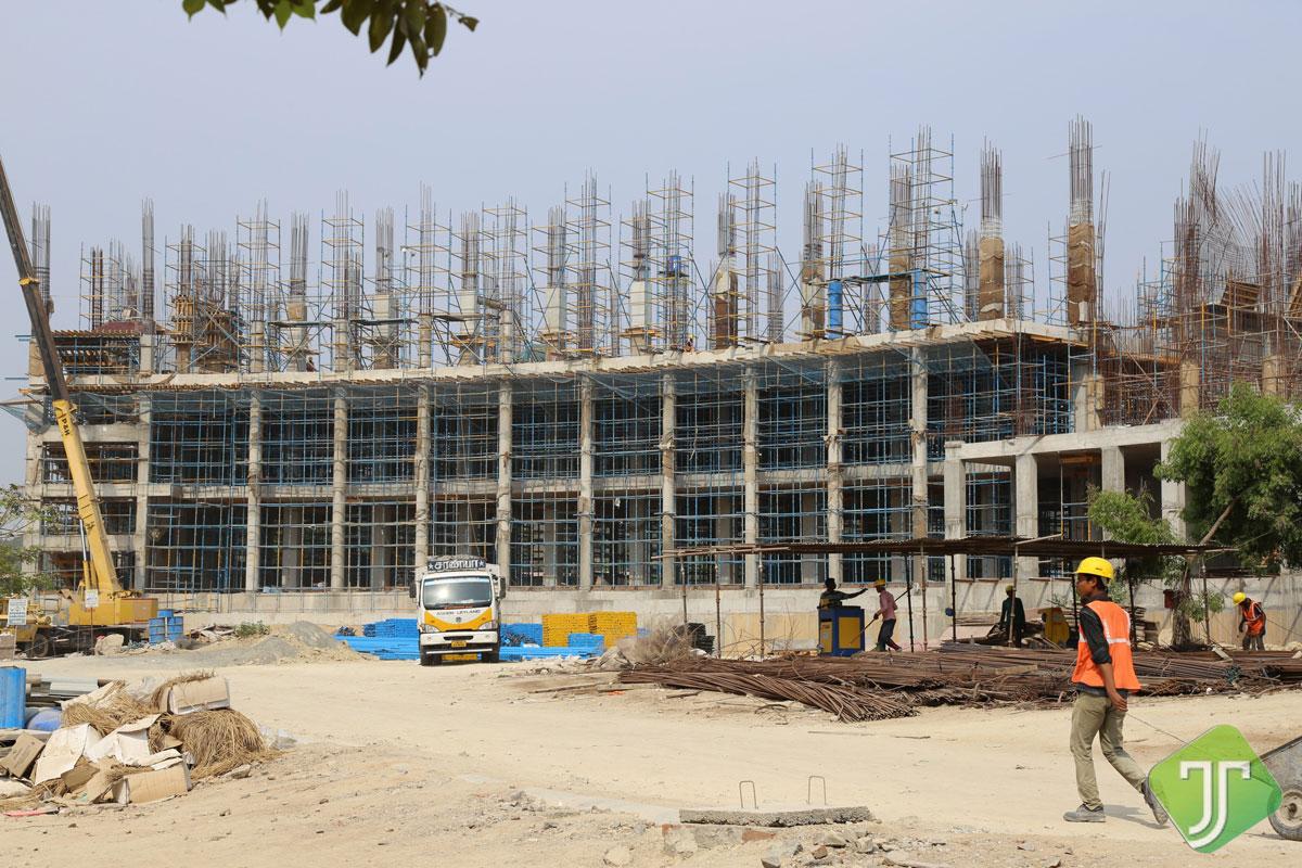 Estancia-North Plaza Block